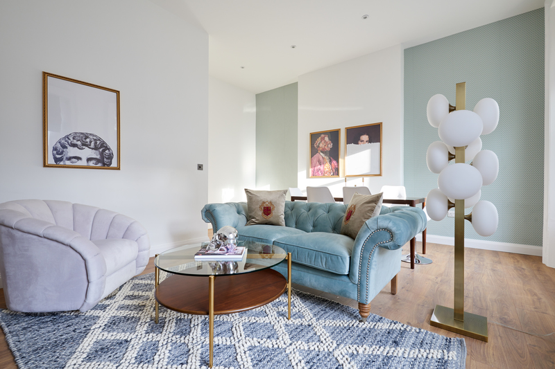 Living area at Inverness Mews, Bayswater, London - Citybase Apartments
