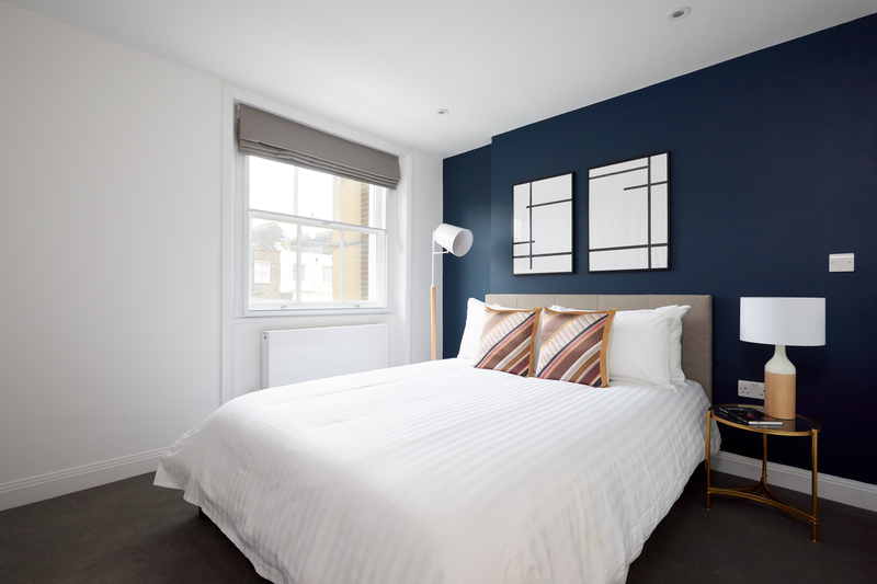 Bed at Inverness Mews, Bayswater, London - Citybase Apartments