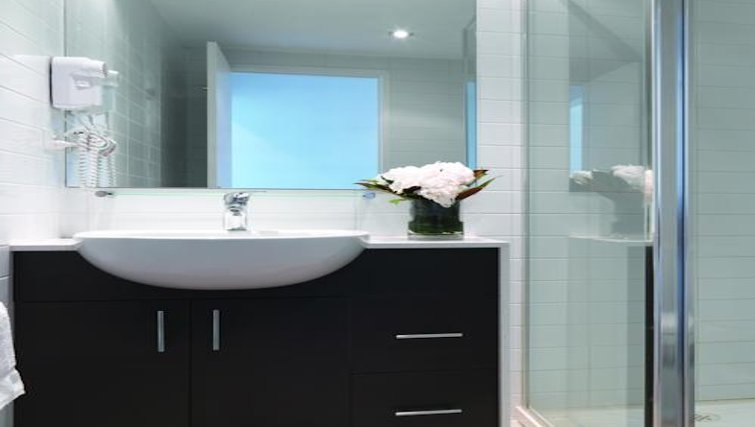 Bathroom at Adina Apartment Hotel Melbourne, Northbank - Citybase Apartments