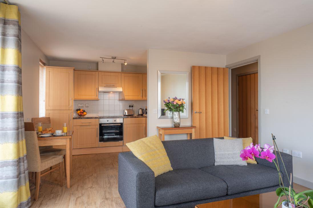 Living room at Premier Suites Birmingham - Citybase Apartments