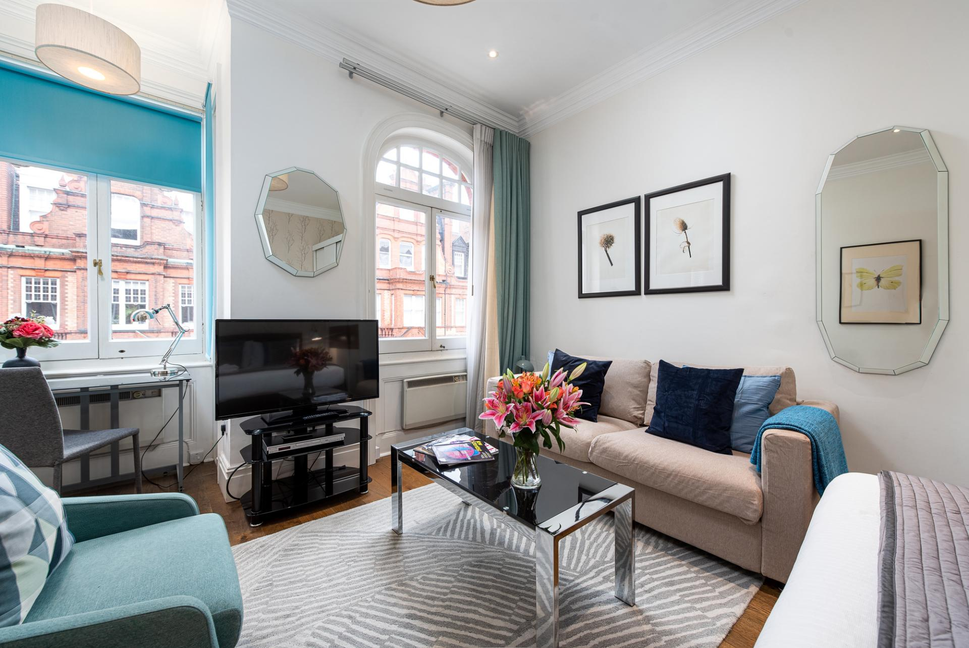 TV at Draycott Place Serviced Apartments, Chelsea, London - Citybase Apartments