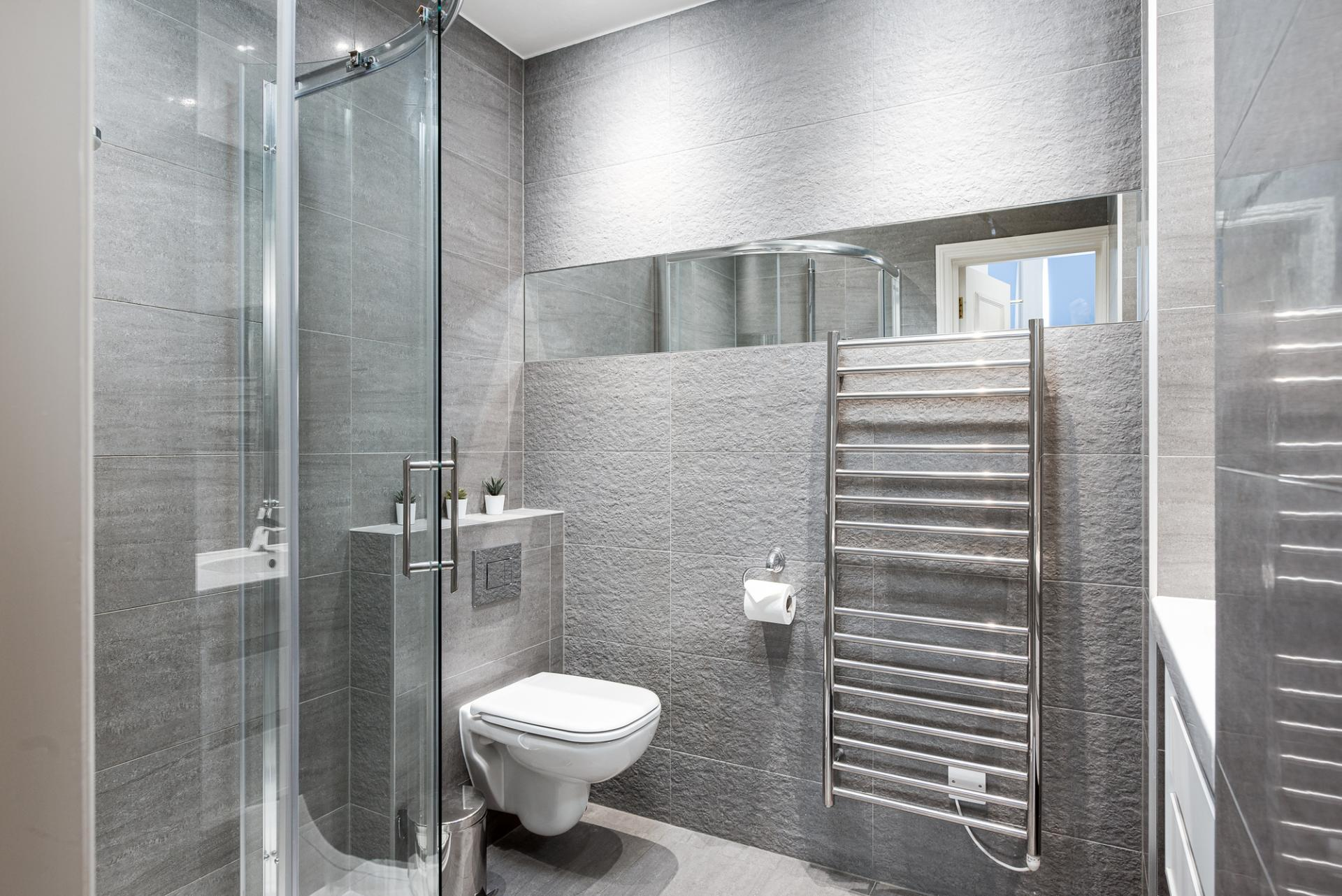 Shower at Draycott Place Serviced Apartments, Chelsea, London - Citybase Apartments