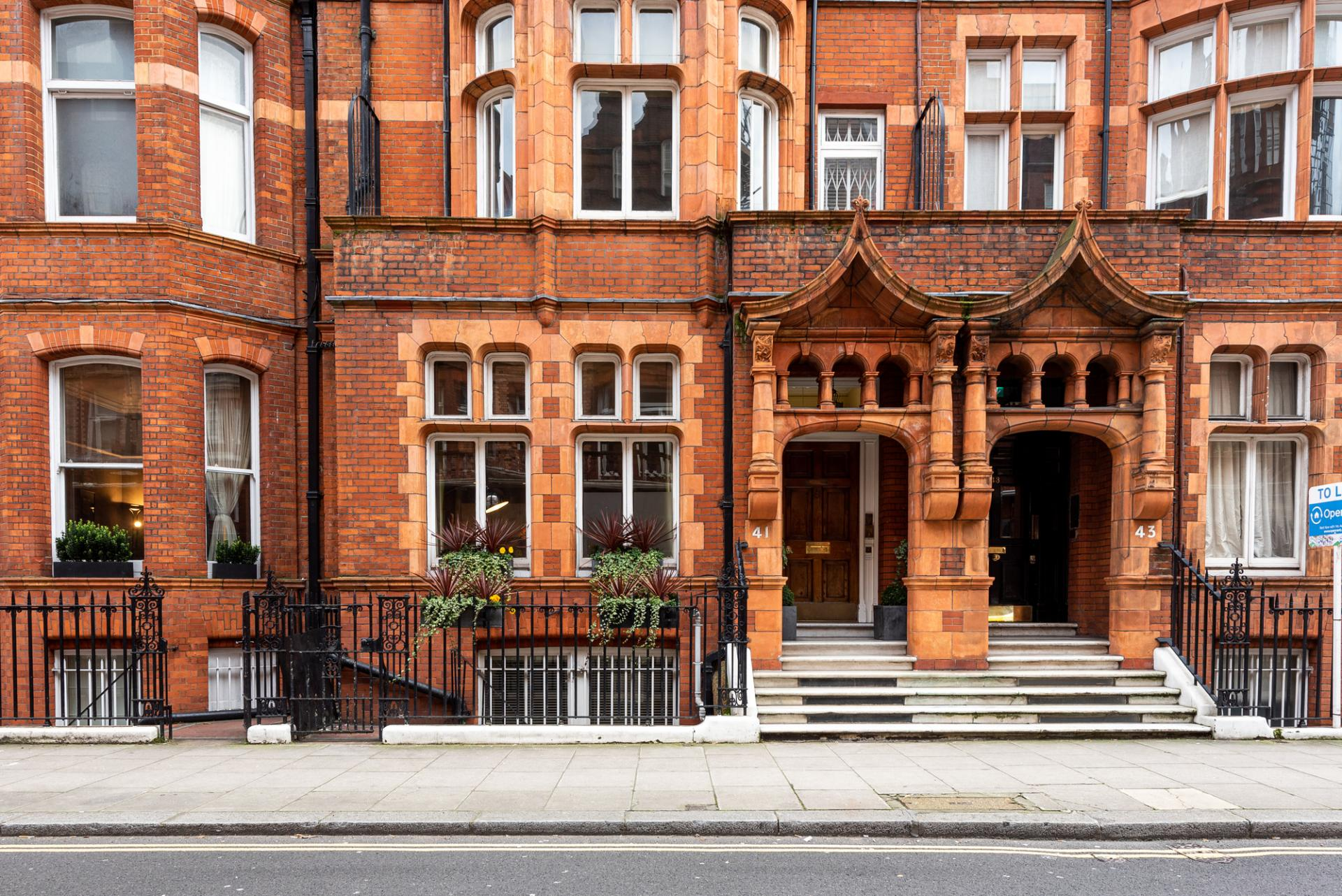 Exterior of Draycott Place Serviced Apartments, Chelsea, London - Citybase Apartments