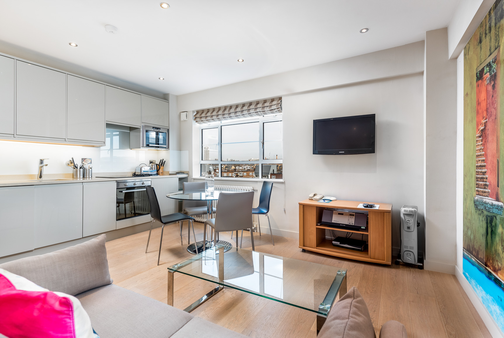 Open plan space at Nell Gwynn House Accommodation, Chelsea, London - Citybase Apartments