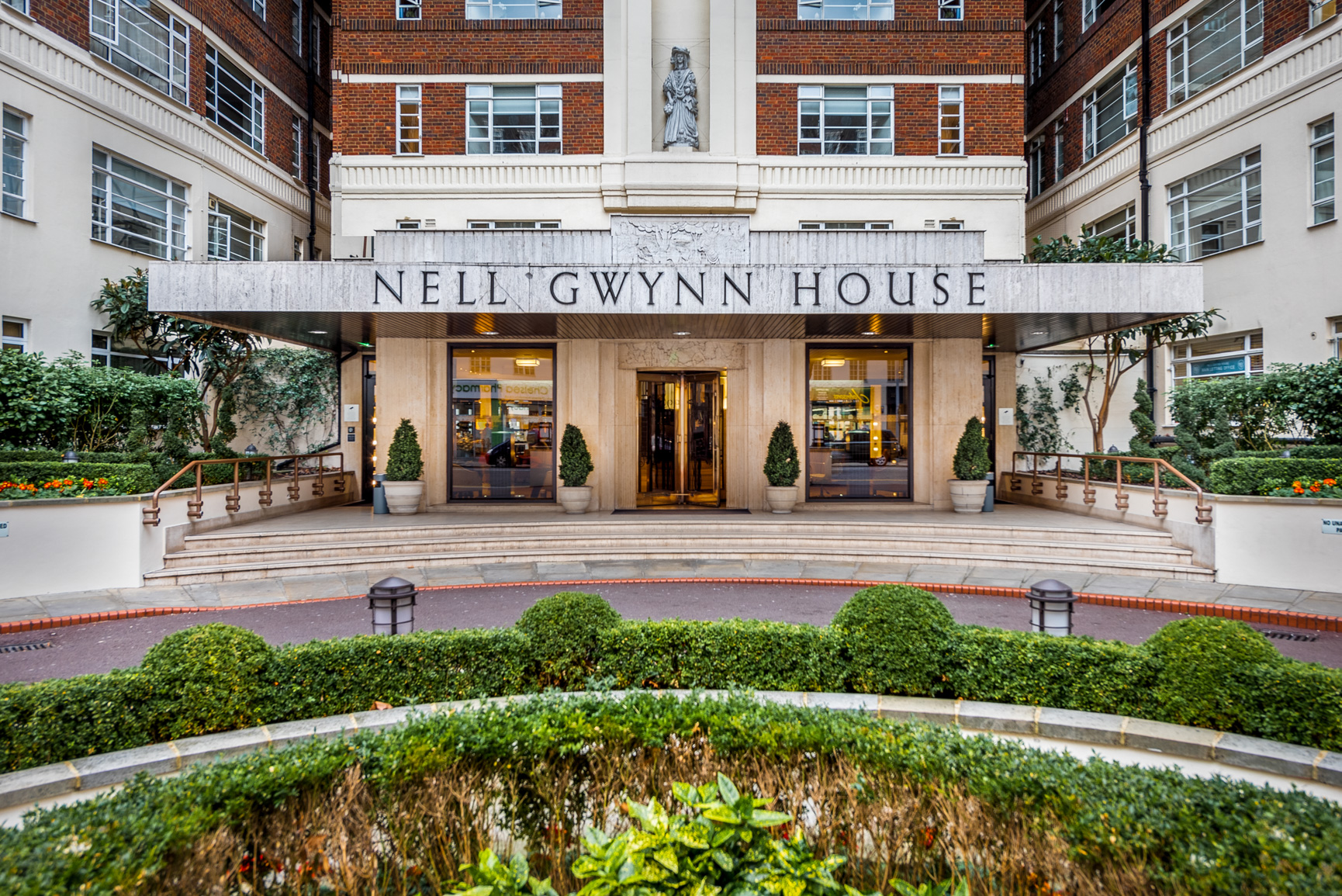 Entrance to Nell Gwynn House Accommodation, Chelsea, London - Citybase Apartments