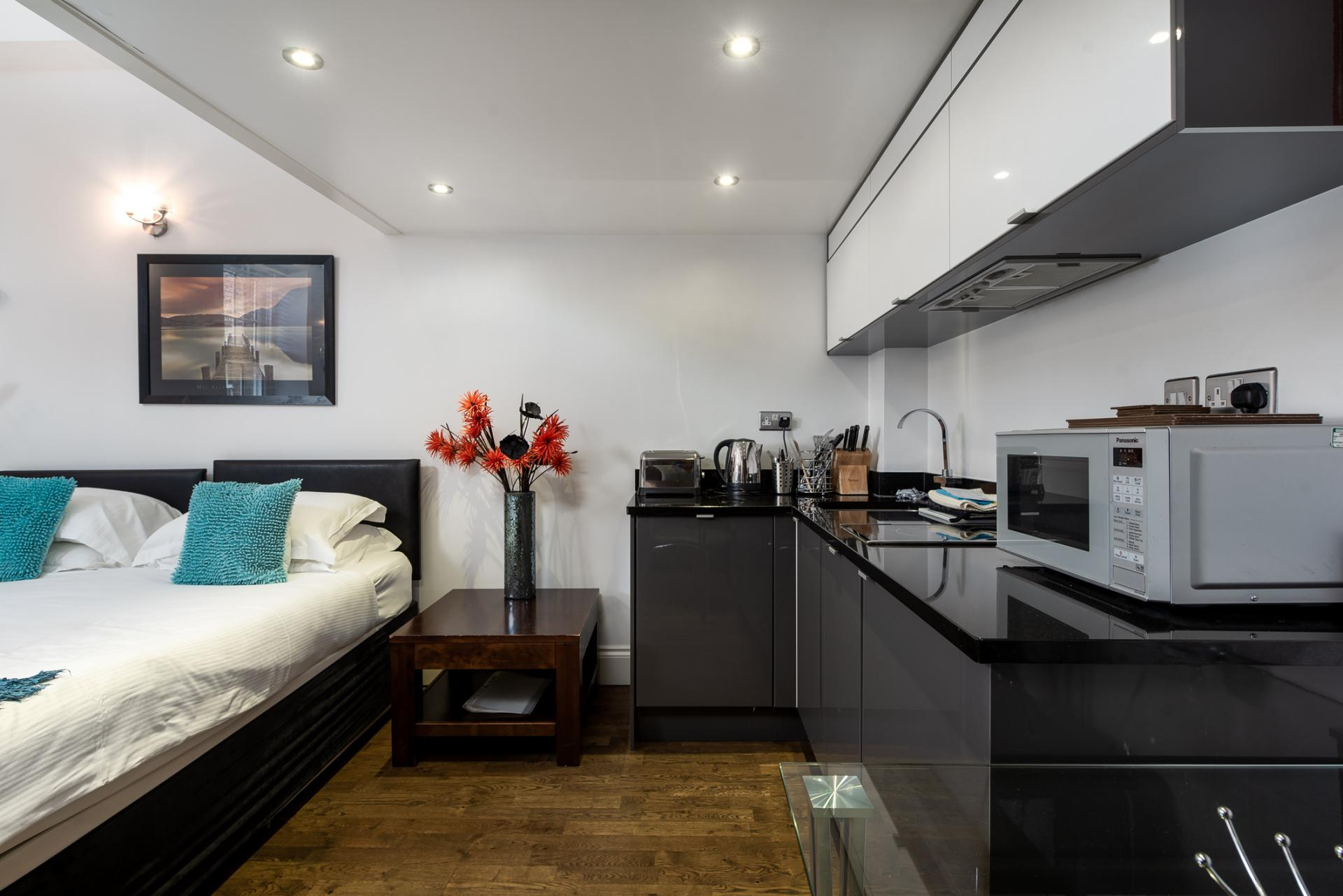 Modern kitchen at Chelsea Green Apartments, Chelsea, London - Citybase Apartments