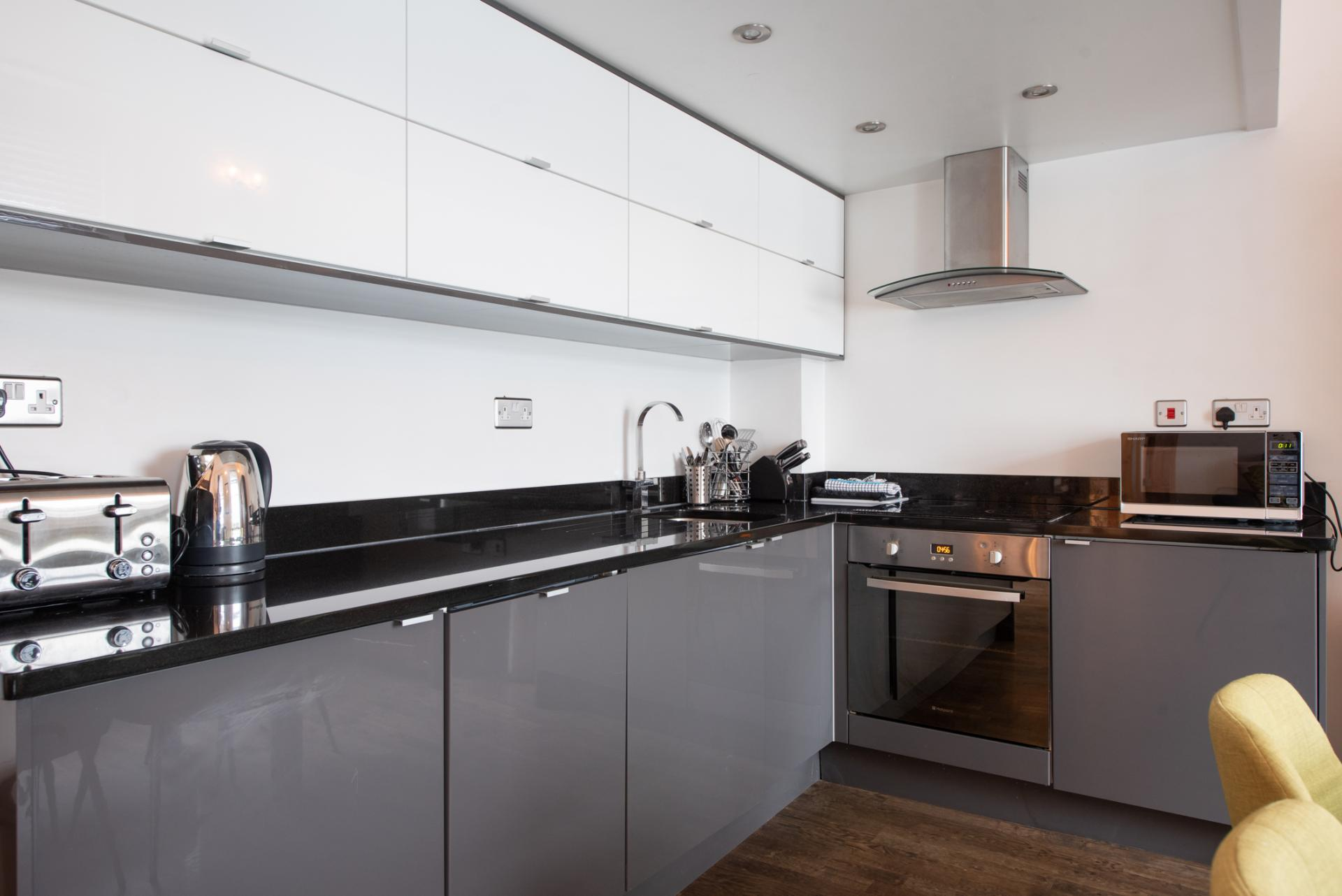 Kitchen at Chelsea Green Apartments, Chelsea, London - Citybase Apartments