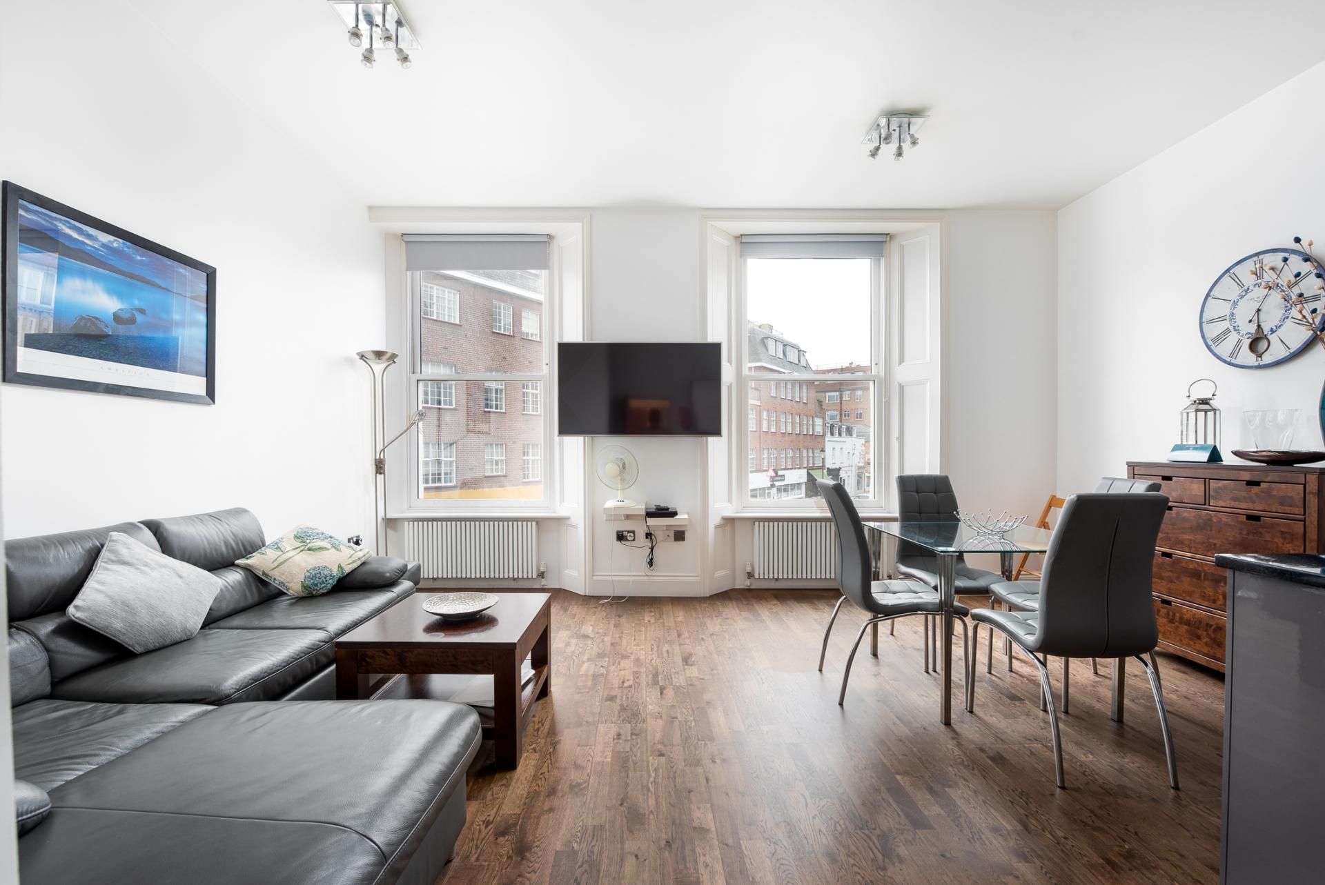 Bright living space at Chelsea Green Apartments, Chelsea, London - Citybase Apartments