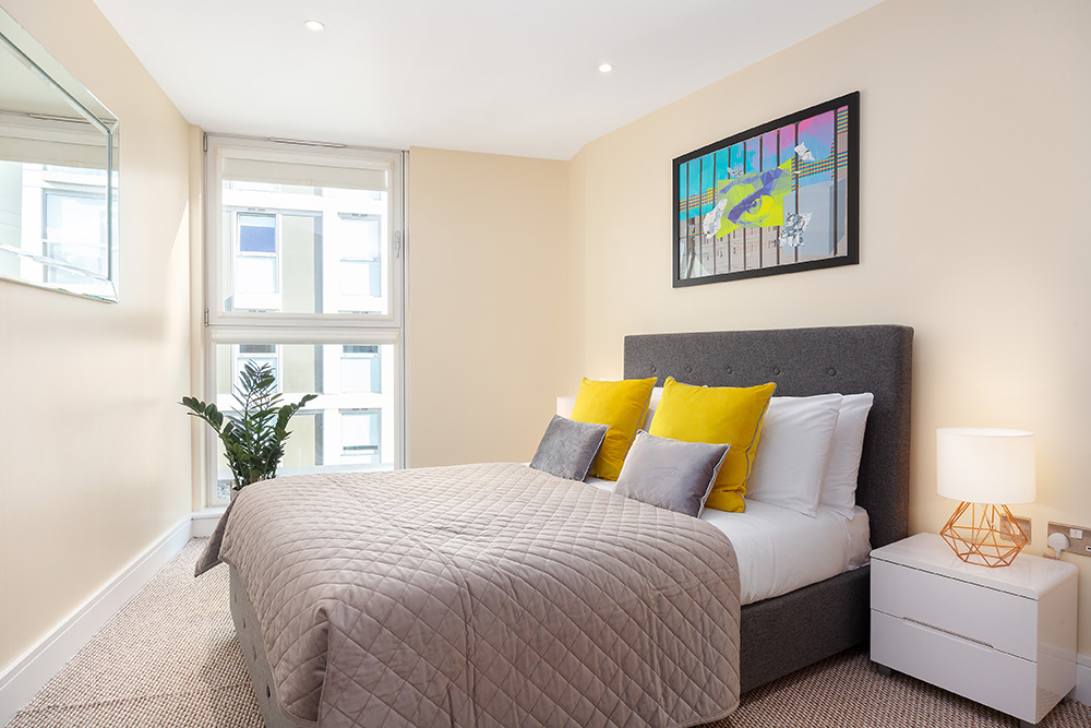 Bedroom at Lanterns Court, Canary Wharf, London - Citybase Apartments