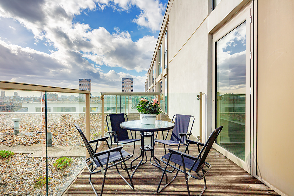 Balcony at Lanterns Court, Canary Wharf, London - Citybase Apartments
