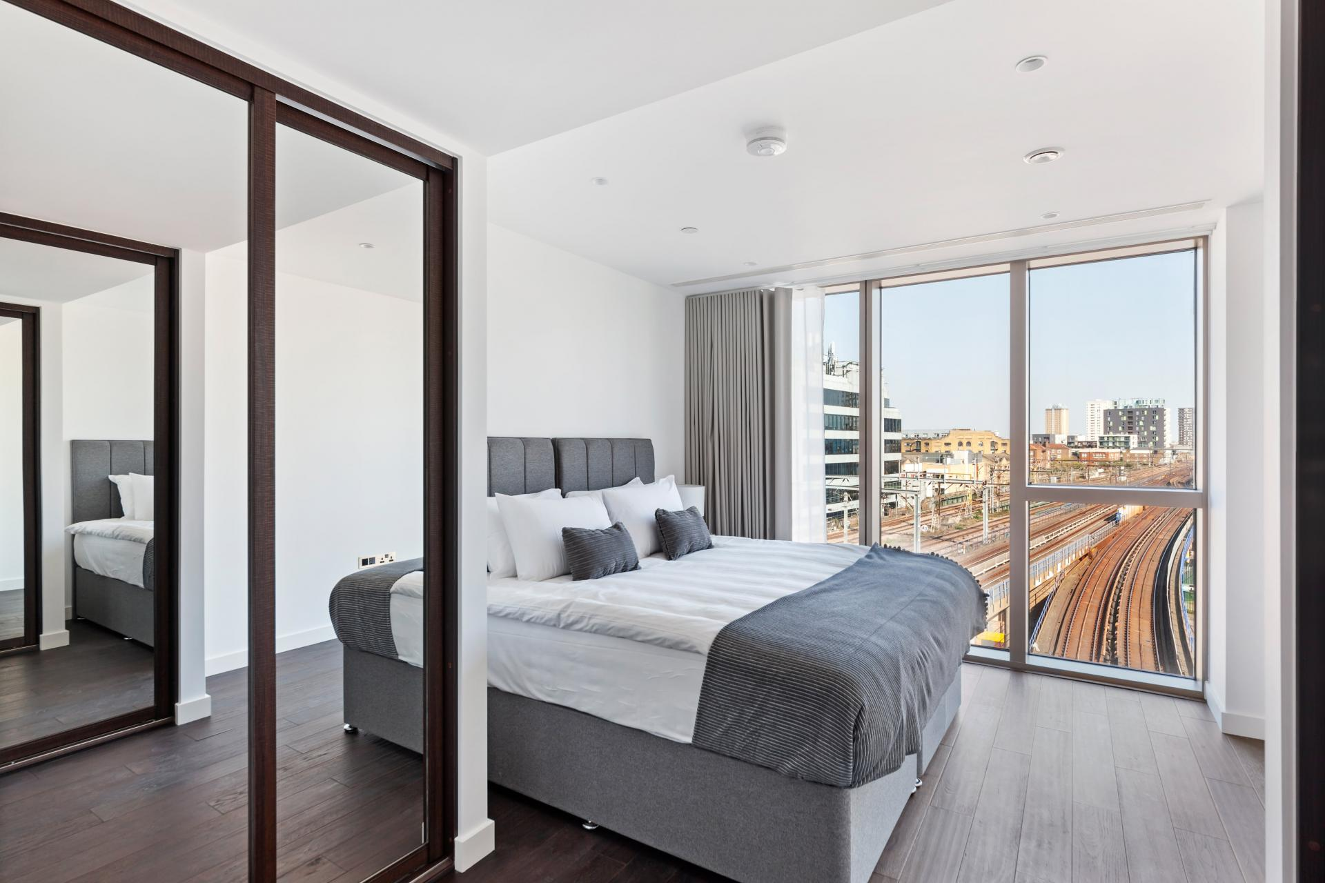 Windows at The Residence Tower Hill, Whitechapel, London - Citybase Apartments