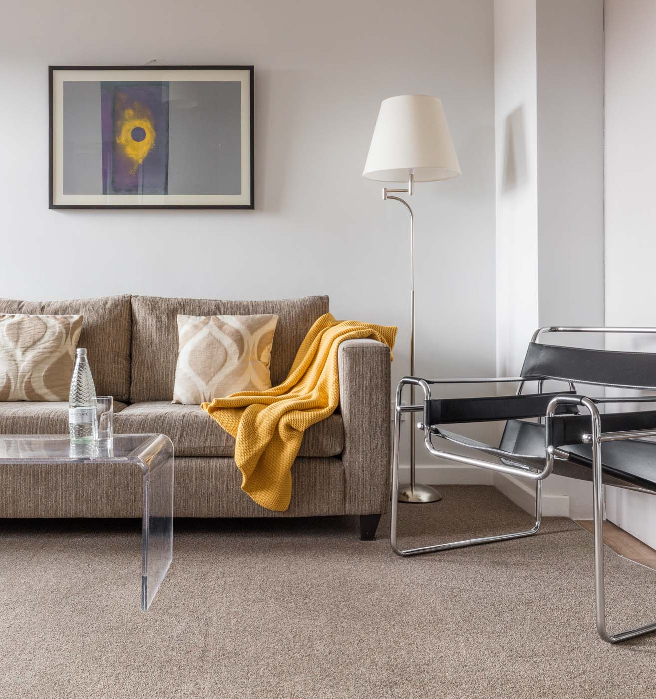 Spacious living area in SACO Nottingham - The Ropewalk - Citybase Apartments