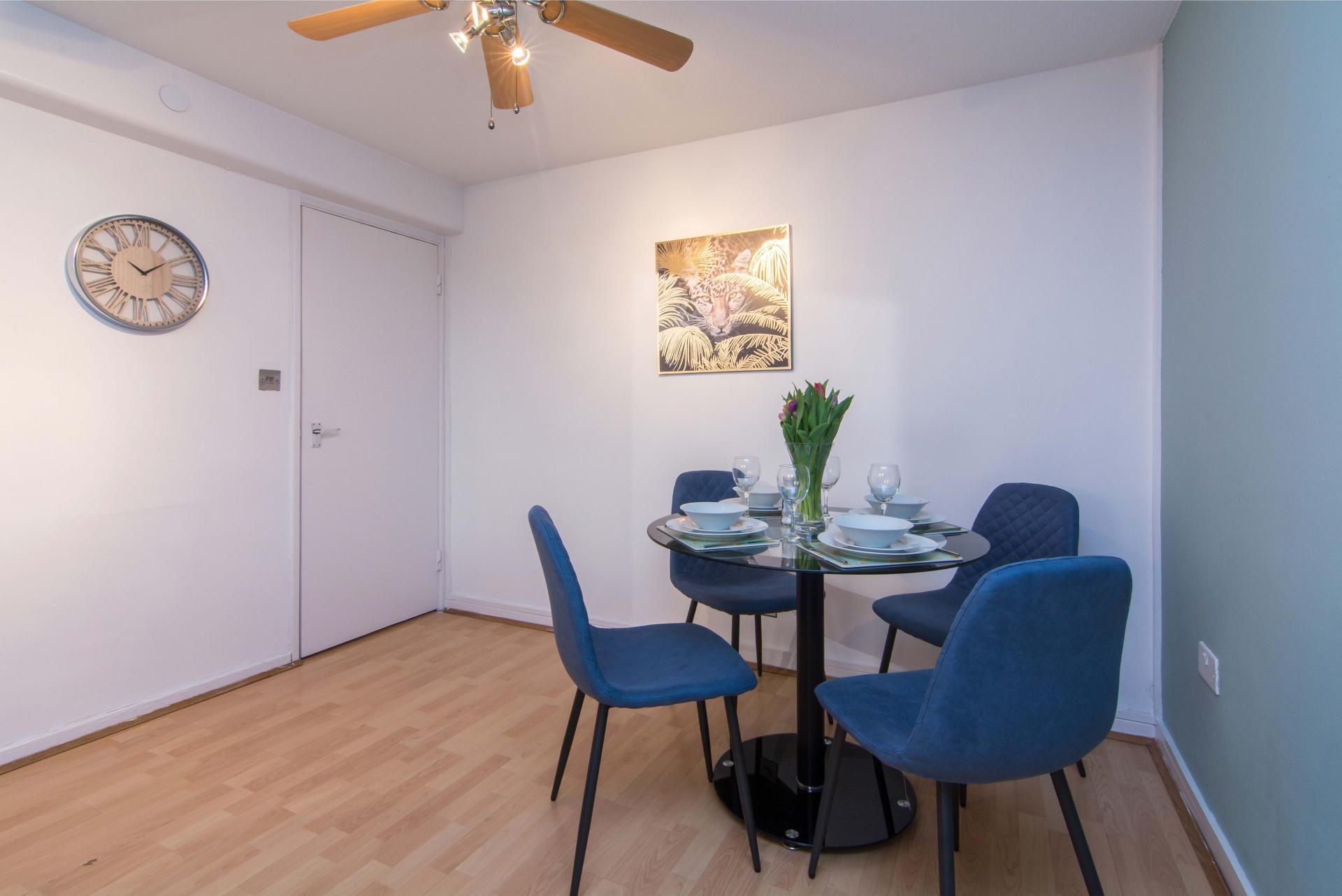 Dining area at Victoria Centre Apartment, Centre, Nottingham - Citybase Apartments