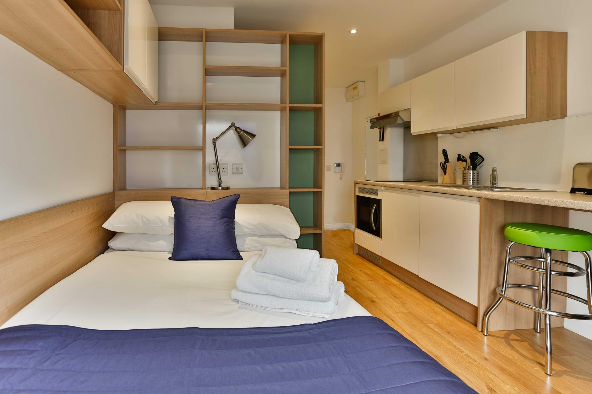 Studio at Park Lane Aparthotel, Centre, Cardiff - Citybase Apartments