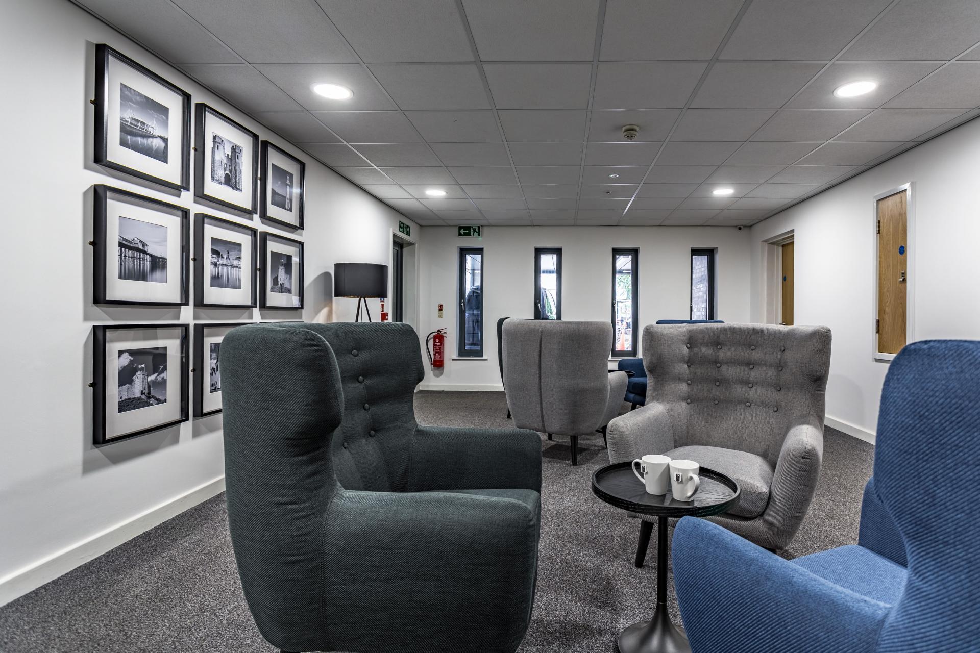 Communal lounge at Park Lane Aparthotel, Centre, Cardiff - Citybase Apartments