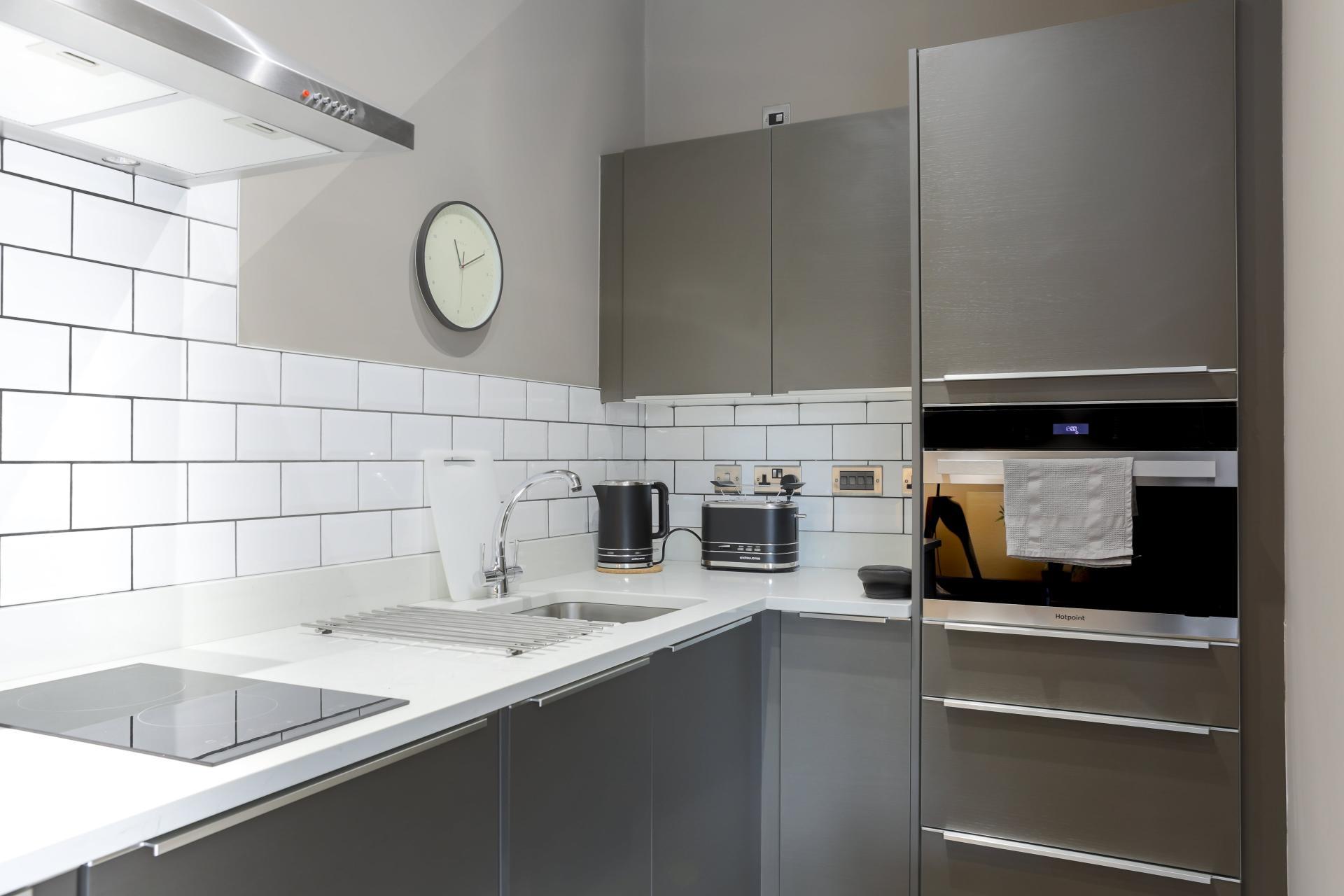 Kitchen at Park Lane Aparthotel, Centre, Cardiff - Citybase Apartments