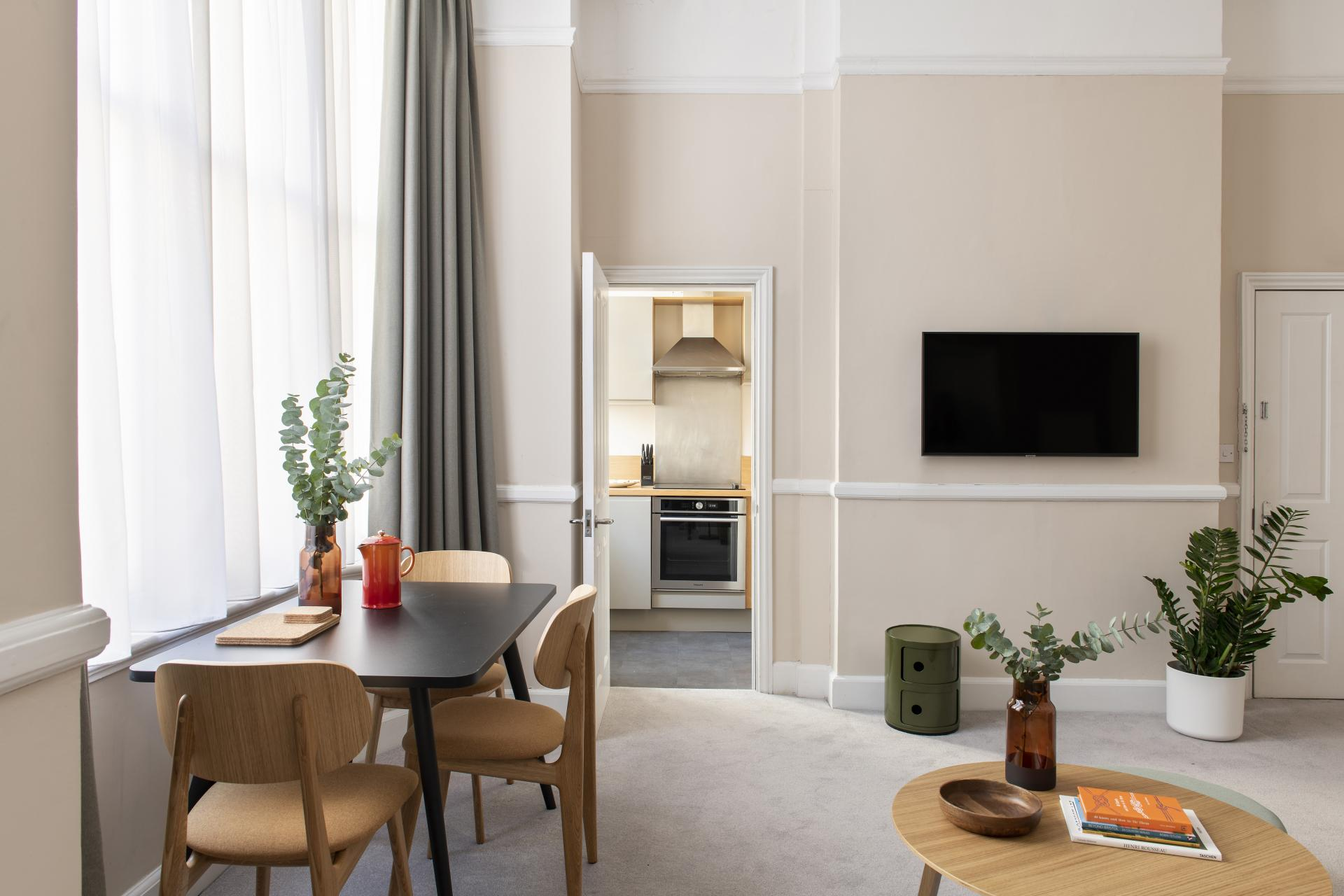TV at Cove West India House, Waterfront, Bristol - Citybase Apartments