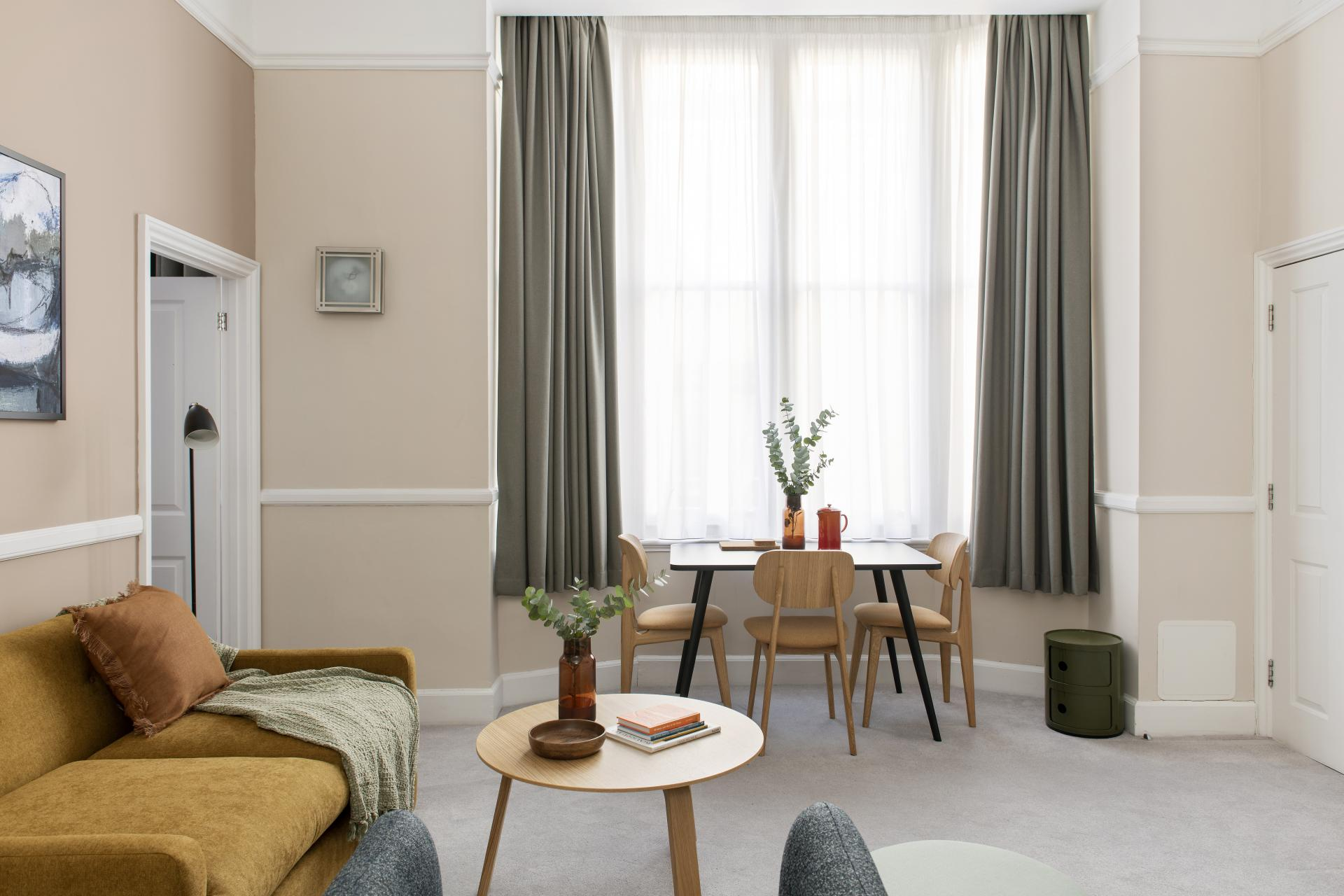 Large window at Cove West India House, Waterfront, Bristol - Citybase Apartments