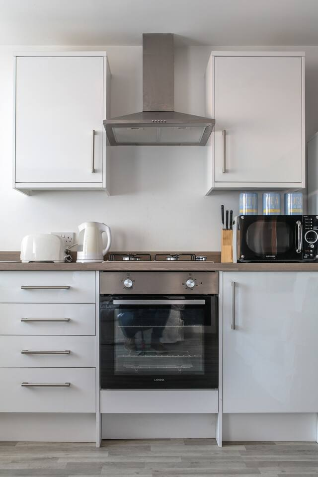 Worktop at Young House, Vauxhall, Liverpool - Citybase Apartments