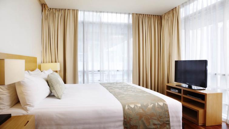 Bright bedroom at PARKROYAL Serviced Suites Kuala Lumpur - Citybase Apartments