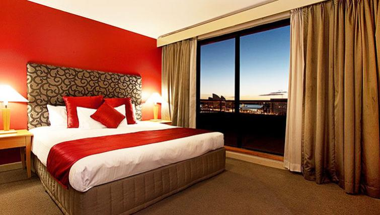 Bedroom at Rendezvous Hotel Sydney The Rocks - Citybase Apartments