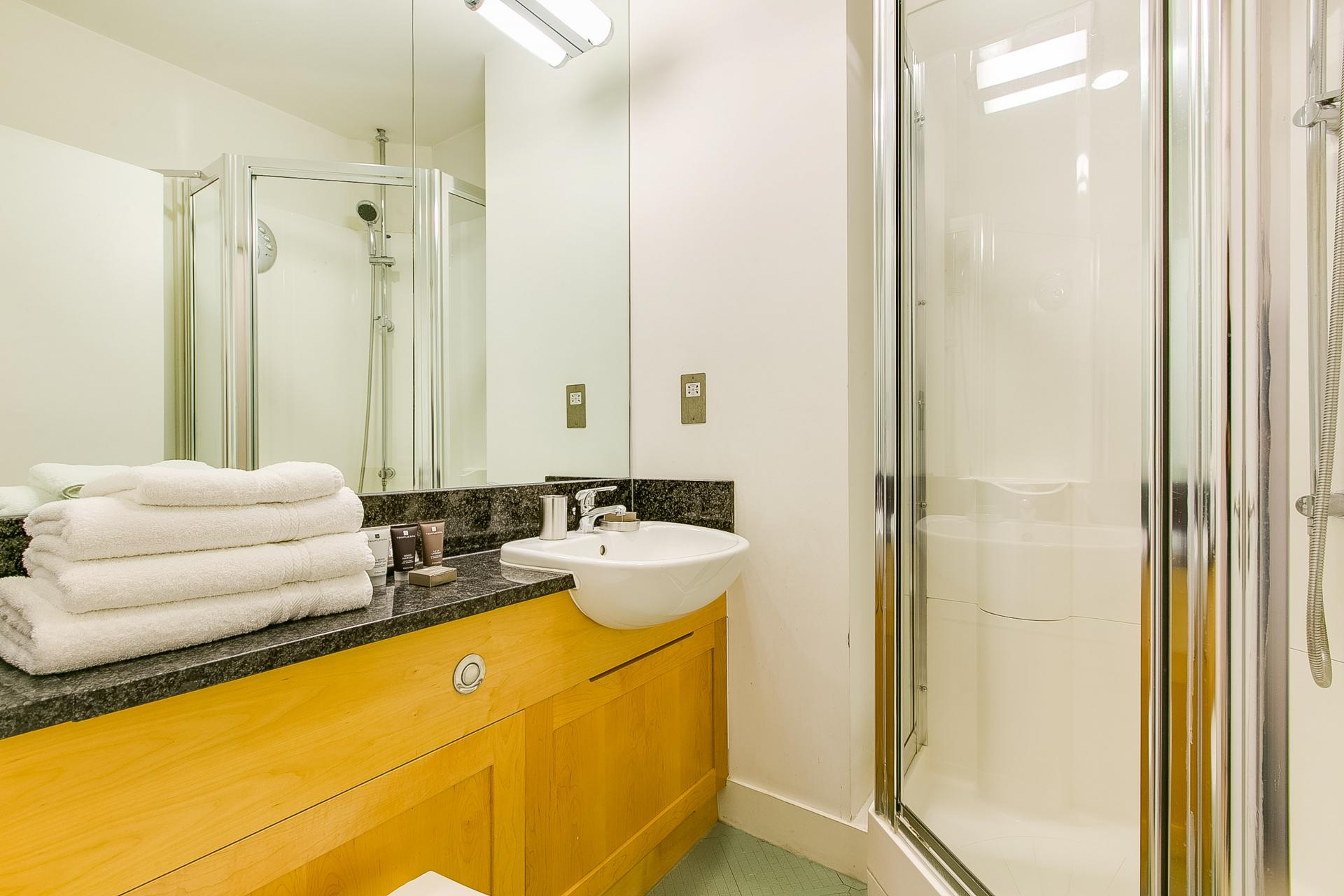 Shower in 34 James Street Apartments - Citybase Apartments