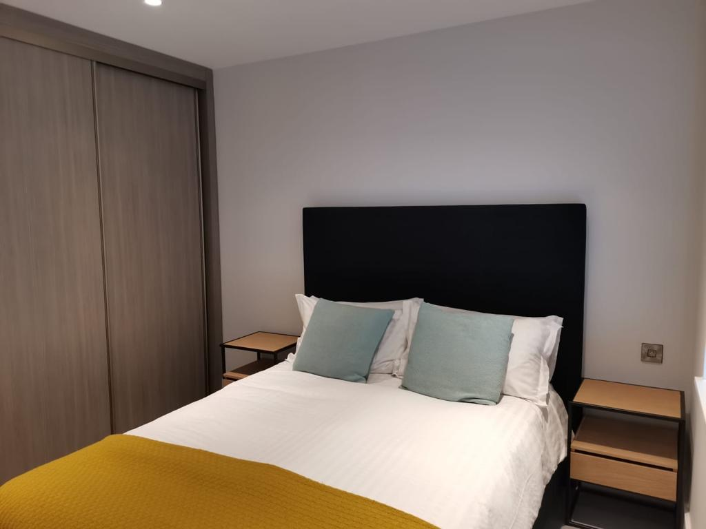 Bedroom at Heathrow North Apartments, Hounslow, London - Citybase Apartments