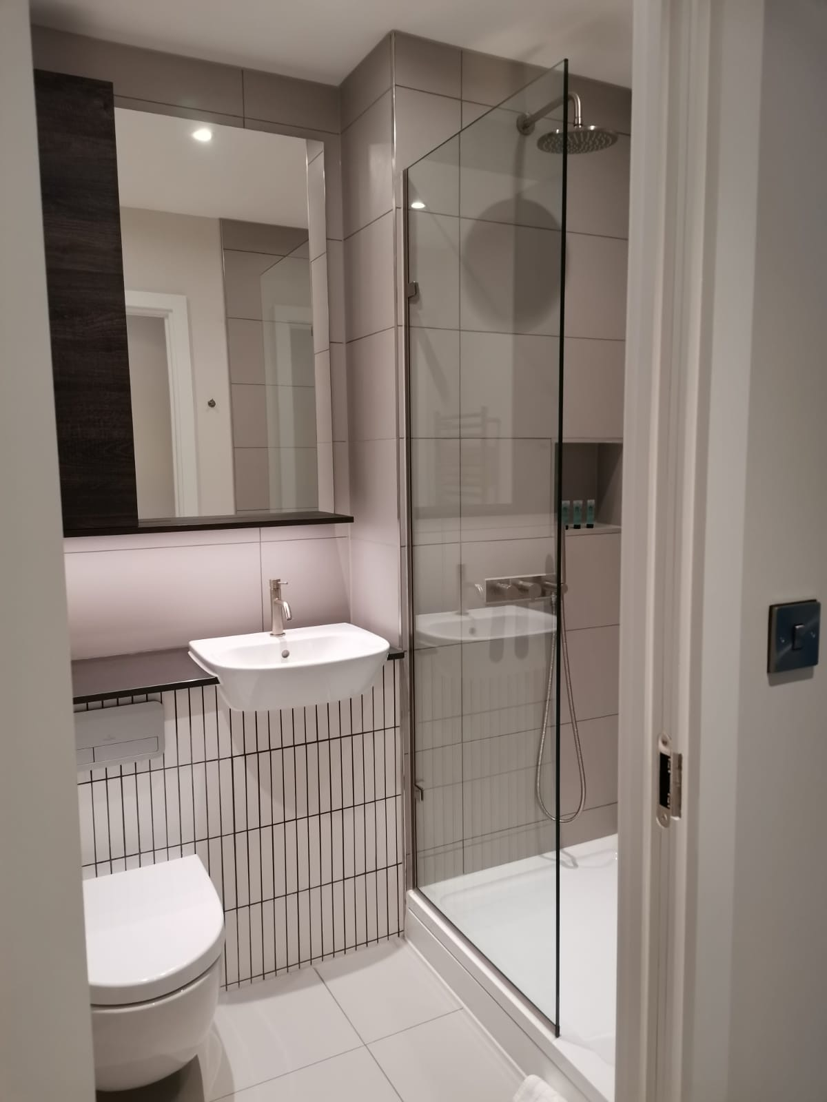 Shower at Heathrow North Apartments, Hounslow, London - Citybase Apartments
