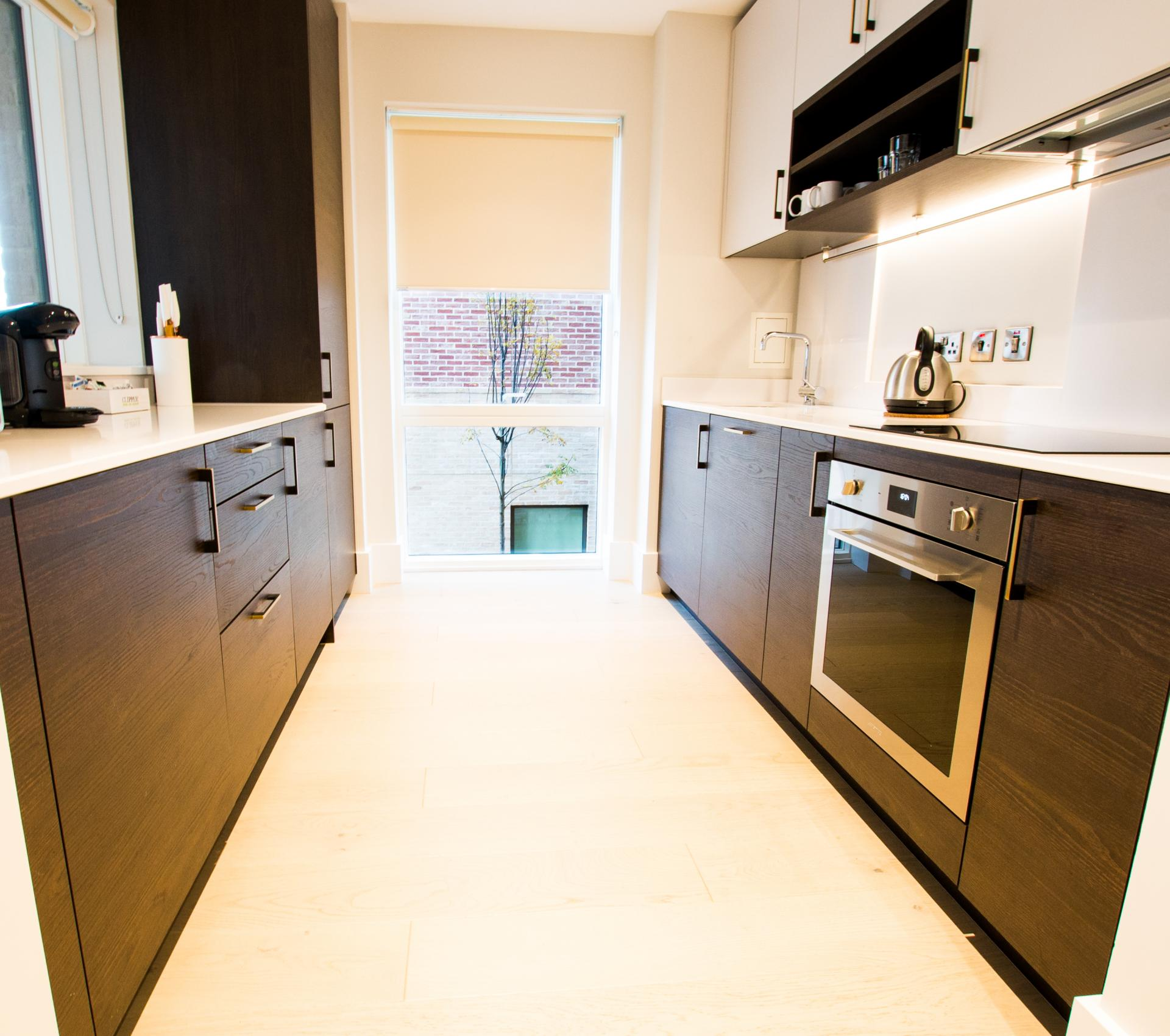 Oven at Heathrow North Apartments By Charles Hope - Citybase Apartments