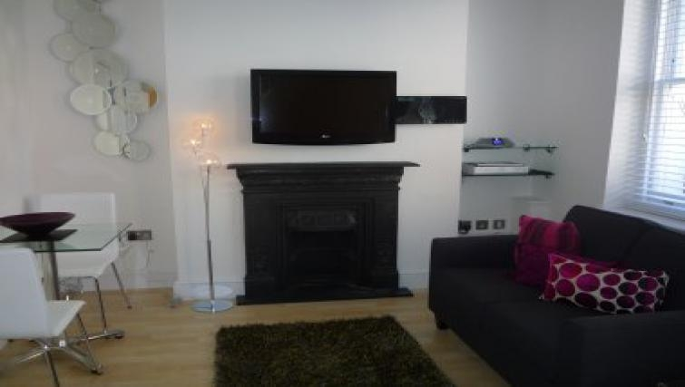 Great living area in 38 James Street - Citybase Apartments