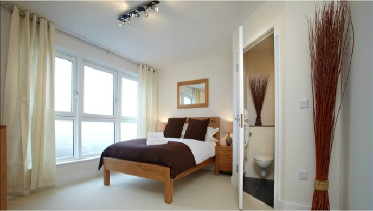 Lovely bedroom in Skyline Plaza Apartments - Citybase Apartments