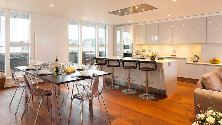 Kitchen at SACO Covent Garden - St Martin's - Citybase Apartments
