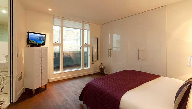 Bedroom at SACO Covent Garden - St Martin's - Citybase Apartments