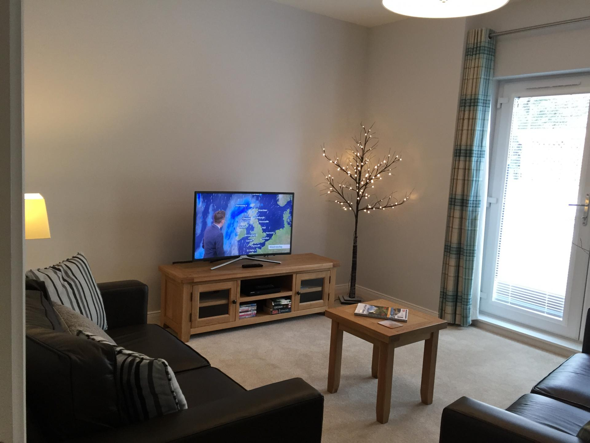 TV at Hedgefield Apartments, Centre, Inverness - Citybase Apartments