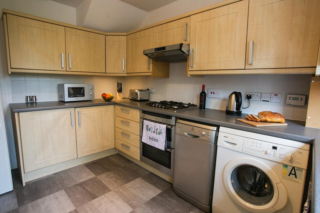 Kitchen at Allenvale Gardens House, Ruthrieston, Aberdeen - Citybase Apartments
