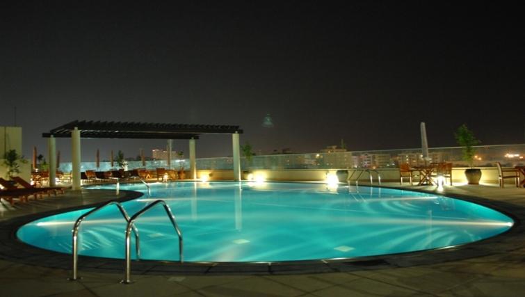 Peaceful pool in Metro Deira Apartments - Citybase Apartments