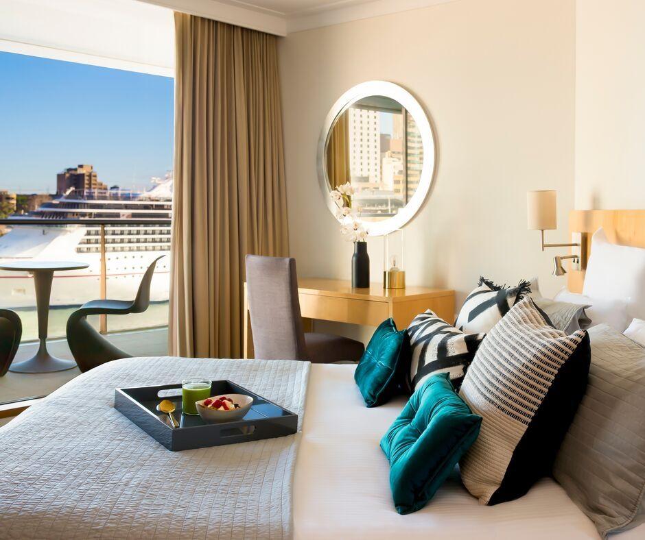 Bed at Pullman Quay Grand Apartments - Citybase Apartments