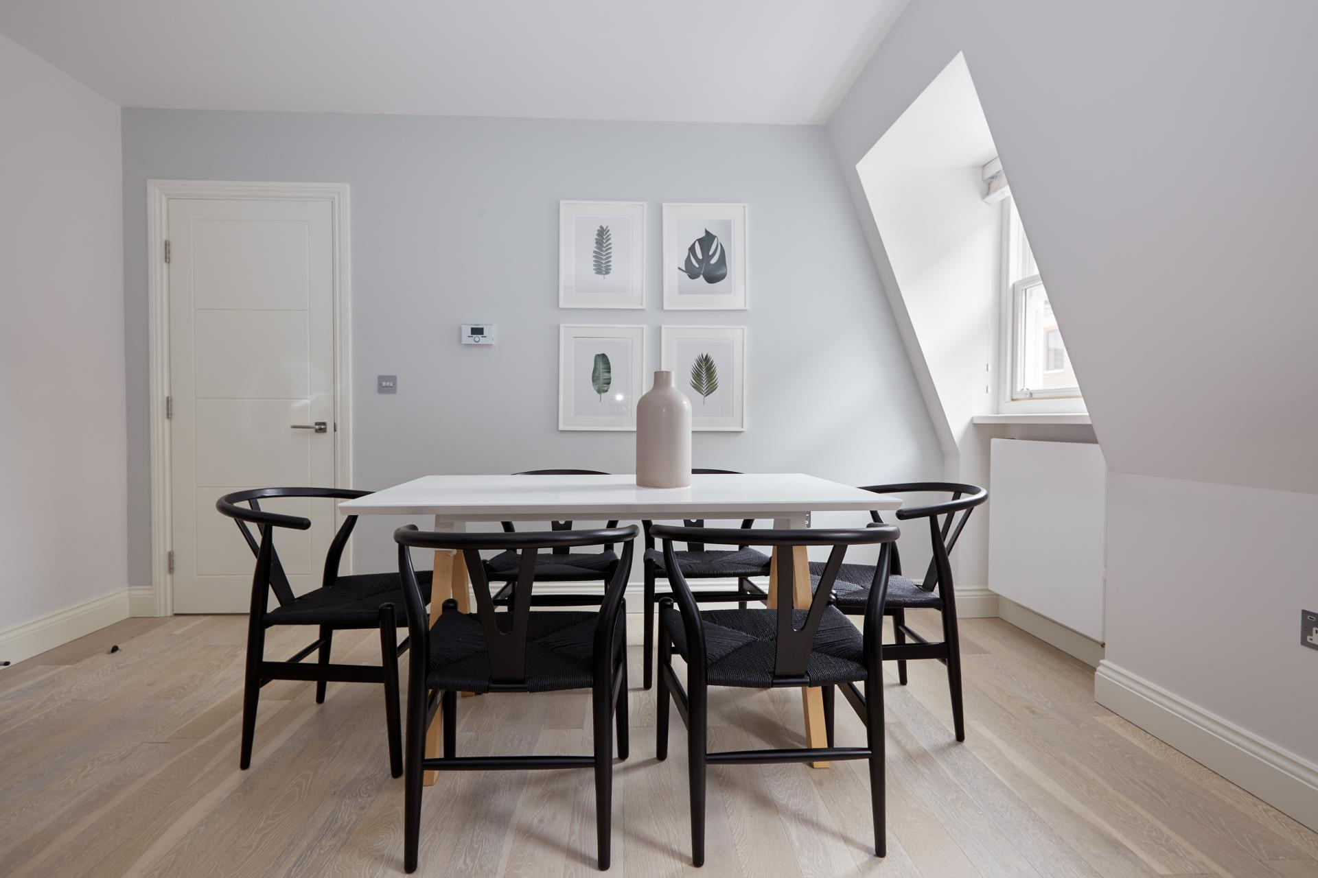 Dining area at Virginia House Apartments, Fitzrovia, London - Citybase Apartments