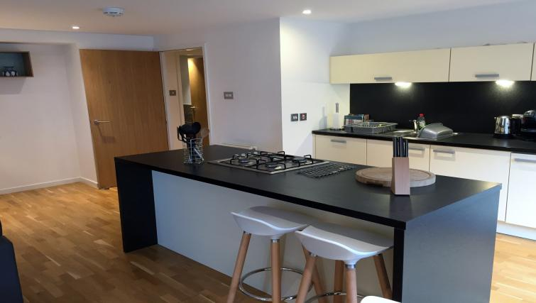 Gorgeous kitchen in Tolbooth Apartments - Citybase Apartments