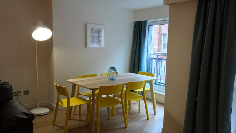 Dining table at Tolbooth Apartments - Citybase Apartments