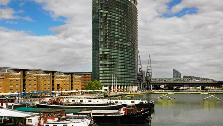 Outside of Marriott Executive Apartments Canary Wharf - Citybase Apartments
