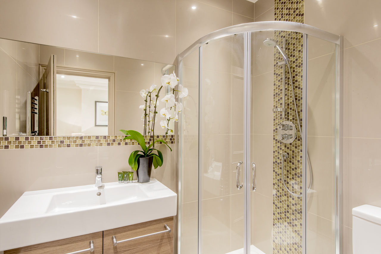 Shower at Chelsea - Draycott Place Apartments, Chelsea, London - Citybase Apartments