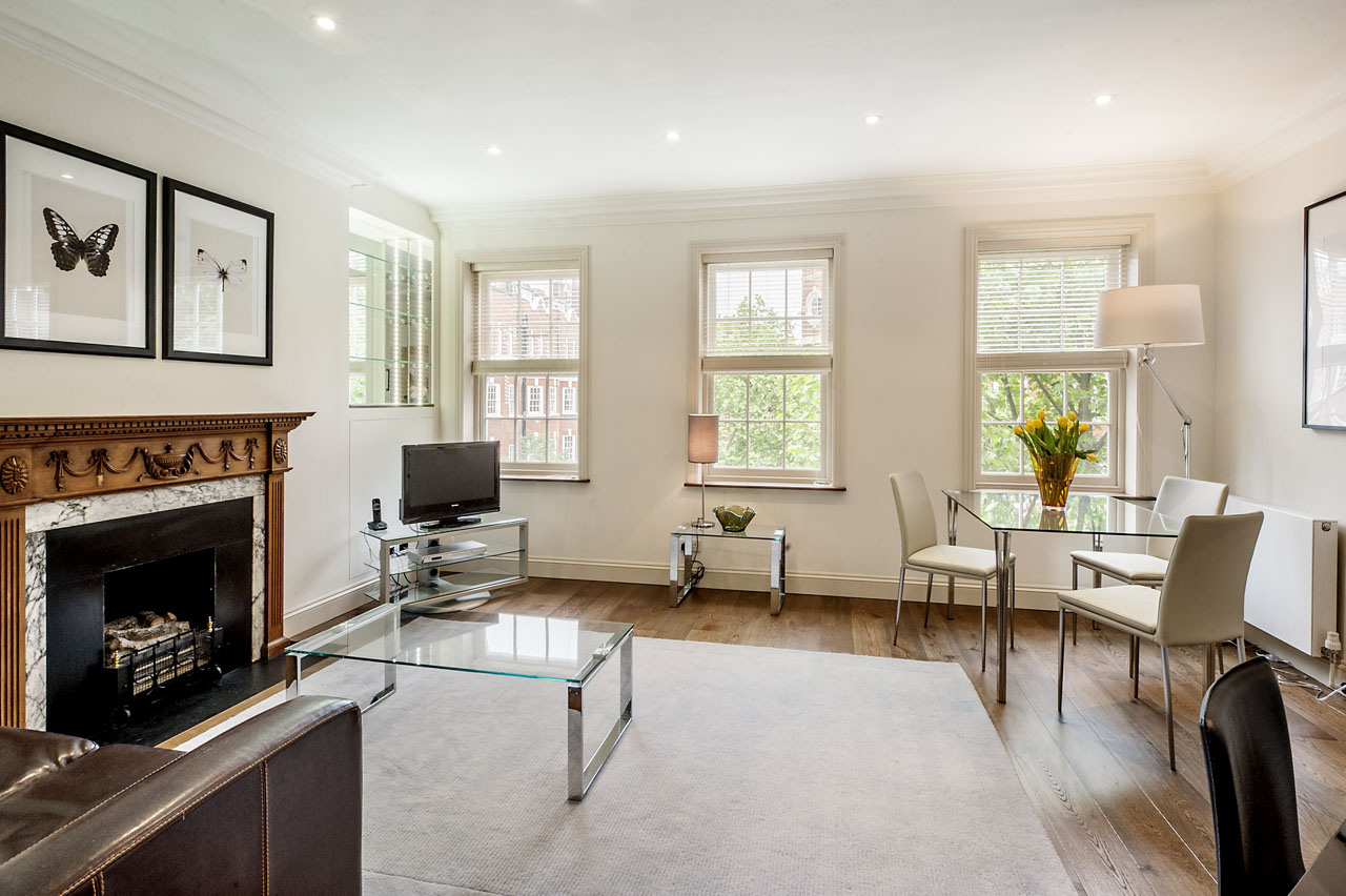 Dining area at Chelsea- Sloane Avenue Apartments, Chelsea, London - Citybase Apartments