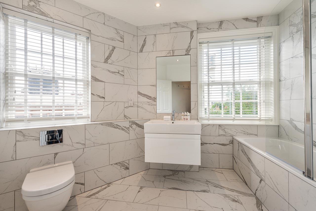 Luxury bathroom at Chelsea- Sloane Avenue Apartments, Chelsea, London - Citybase Apartments