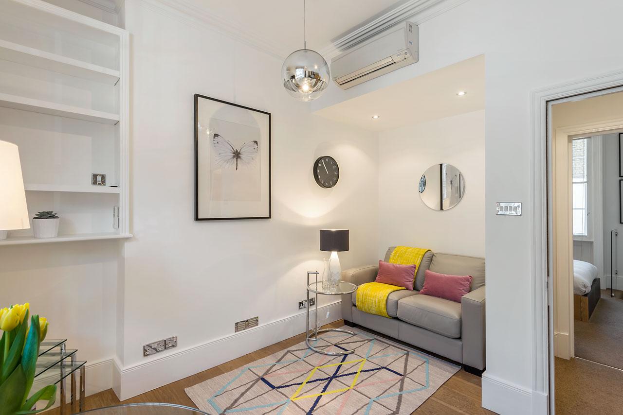 Living area at Marylebone - Gloucester Place, Marylebone, London - Citybase Apartments