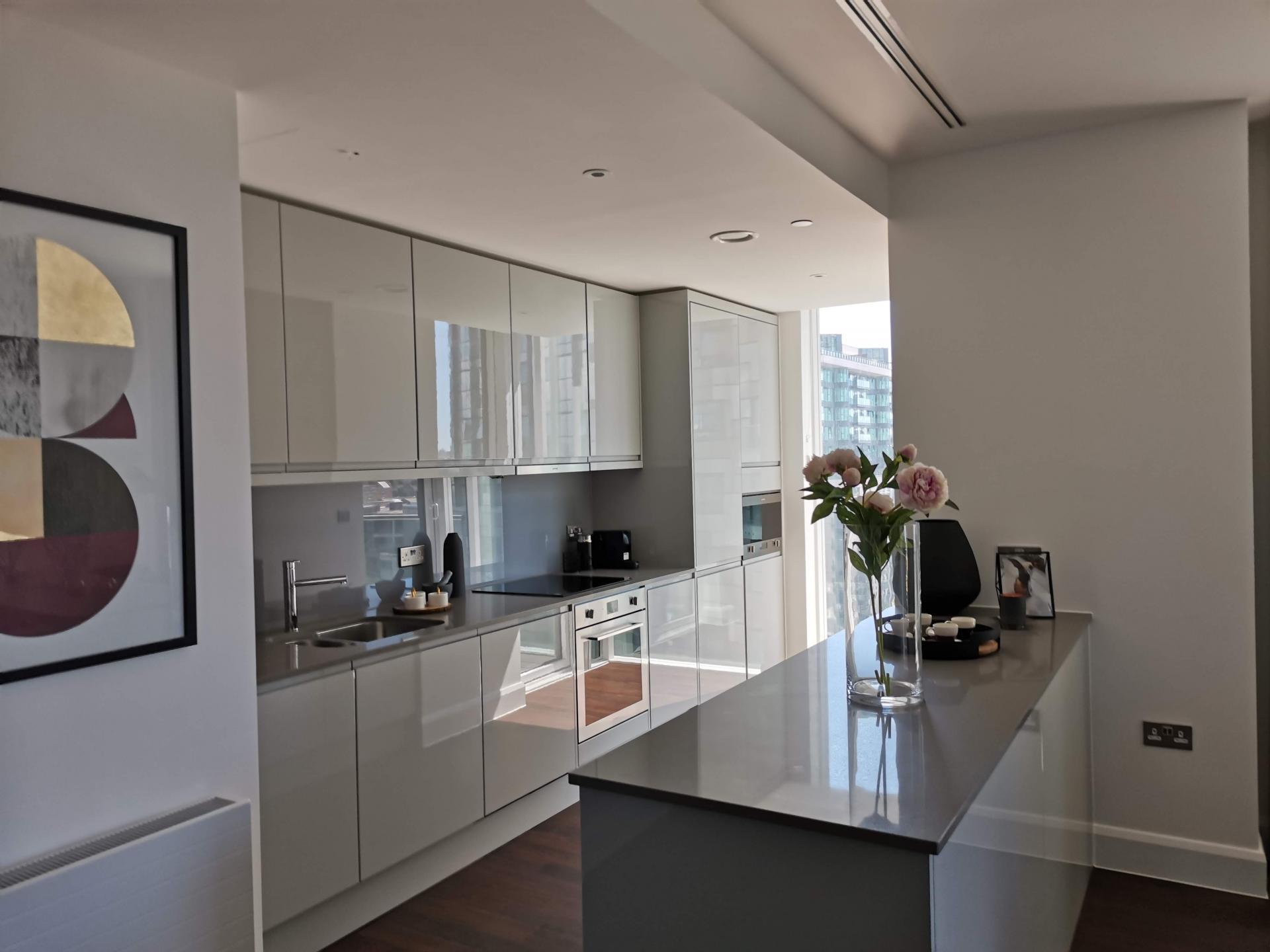 Kitchen at Charles Hope Canary Wharf, Canary Wharf, London - Citybase Apartments