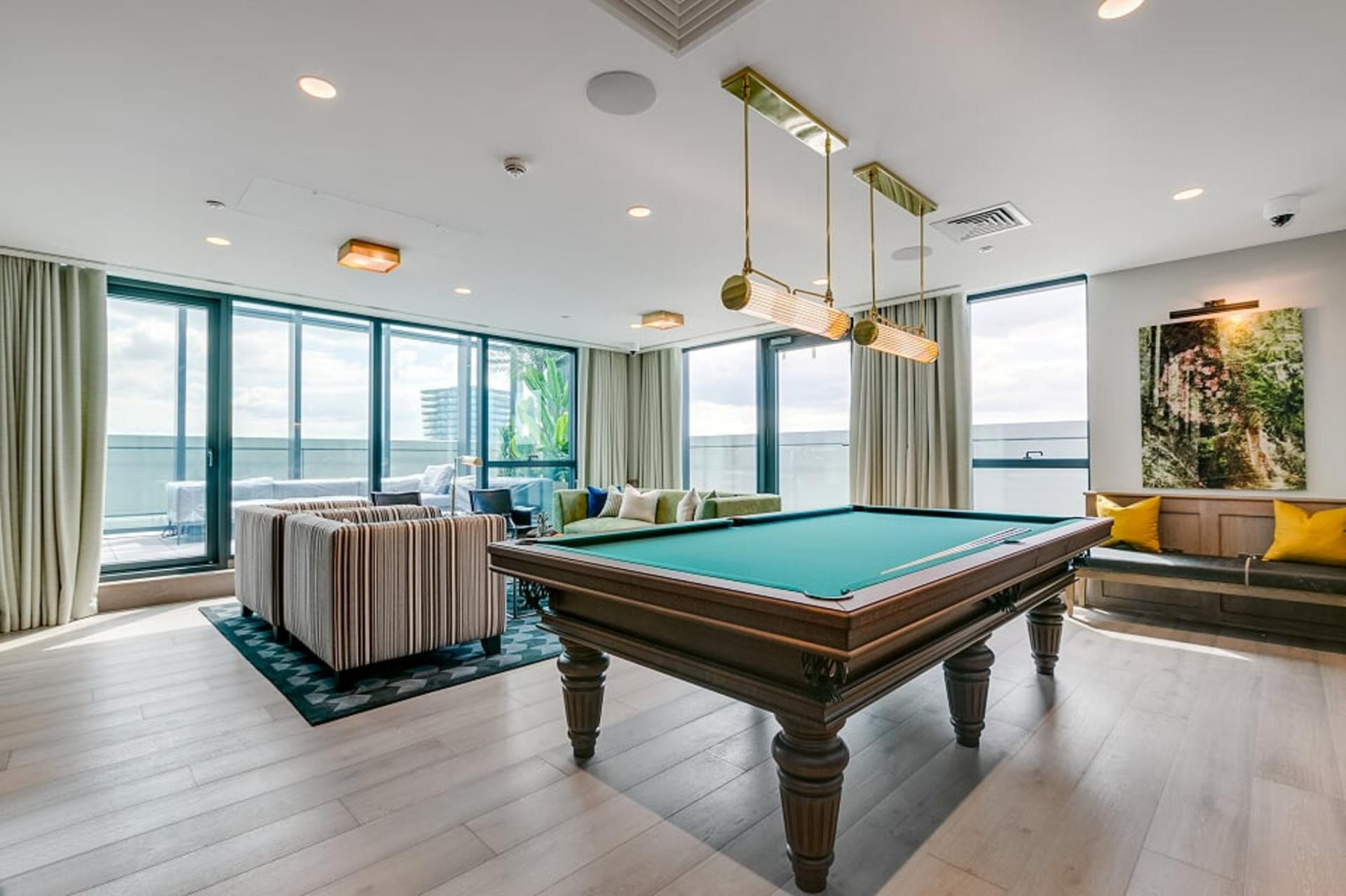 Snooker room at Canary Wharf Apartments By Charles Hope, Canary Wharf, London - Citybase Apartments
