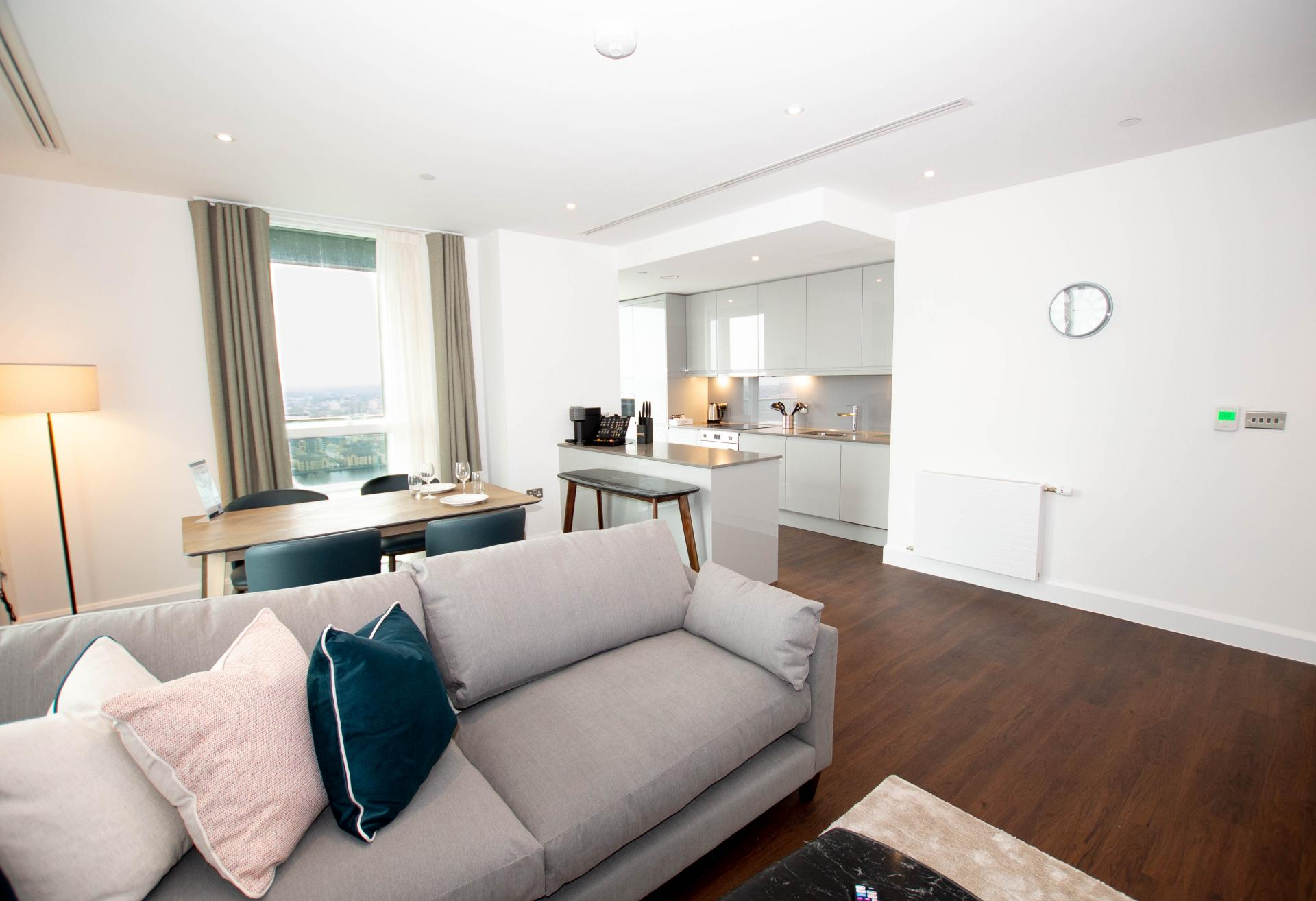 Open plan living at Canary Wharf Apartments By Charles Hope, Canary Wharf, London - Citybase Apartments