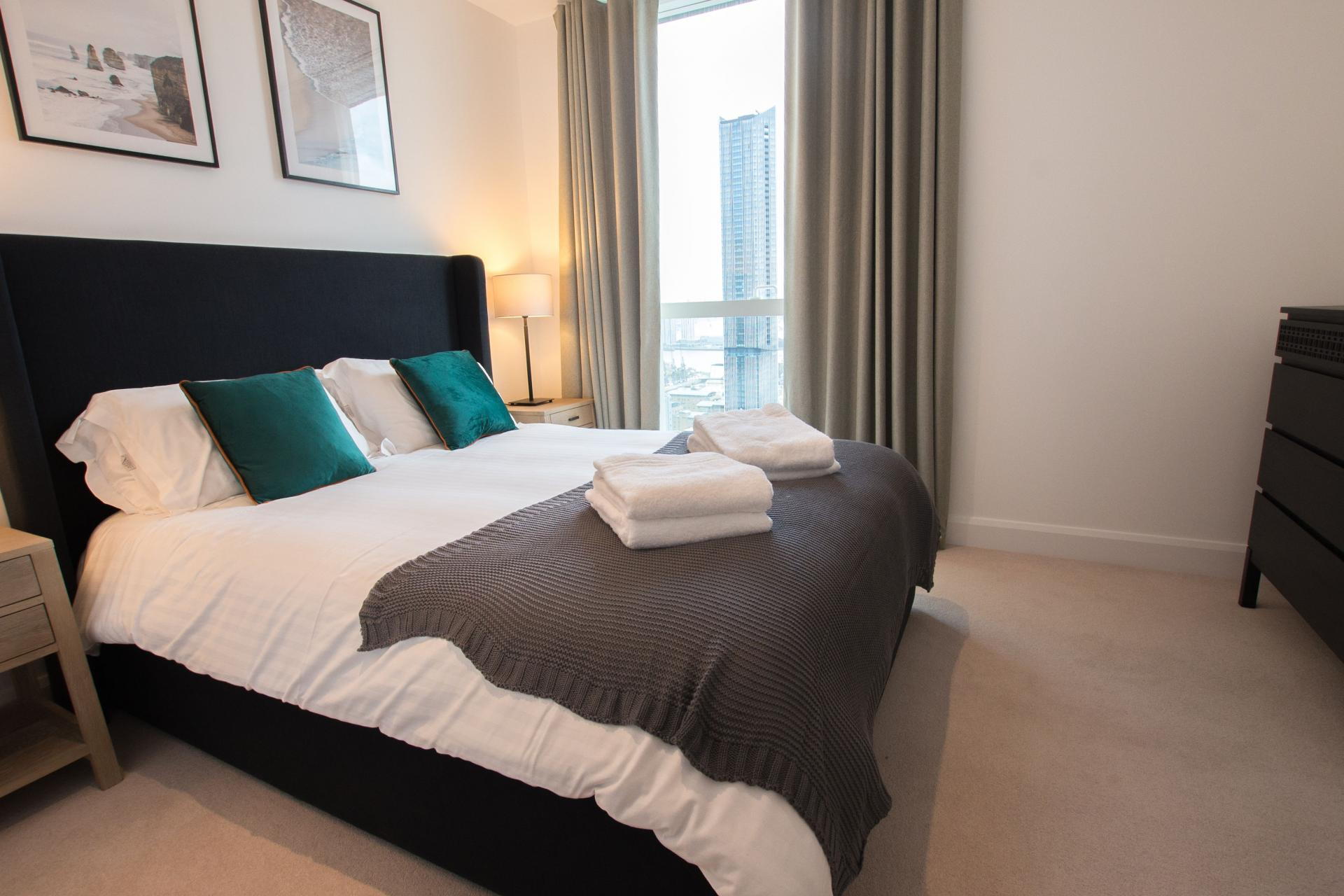 Bedroom at Canary Wharf Apartments By Charles Hope, Canary Wharf, London - Citybase Apartments