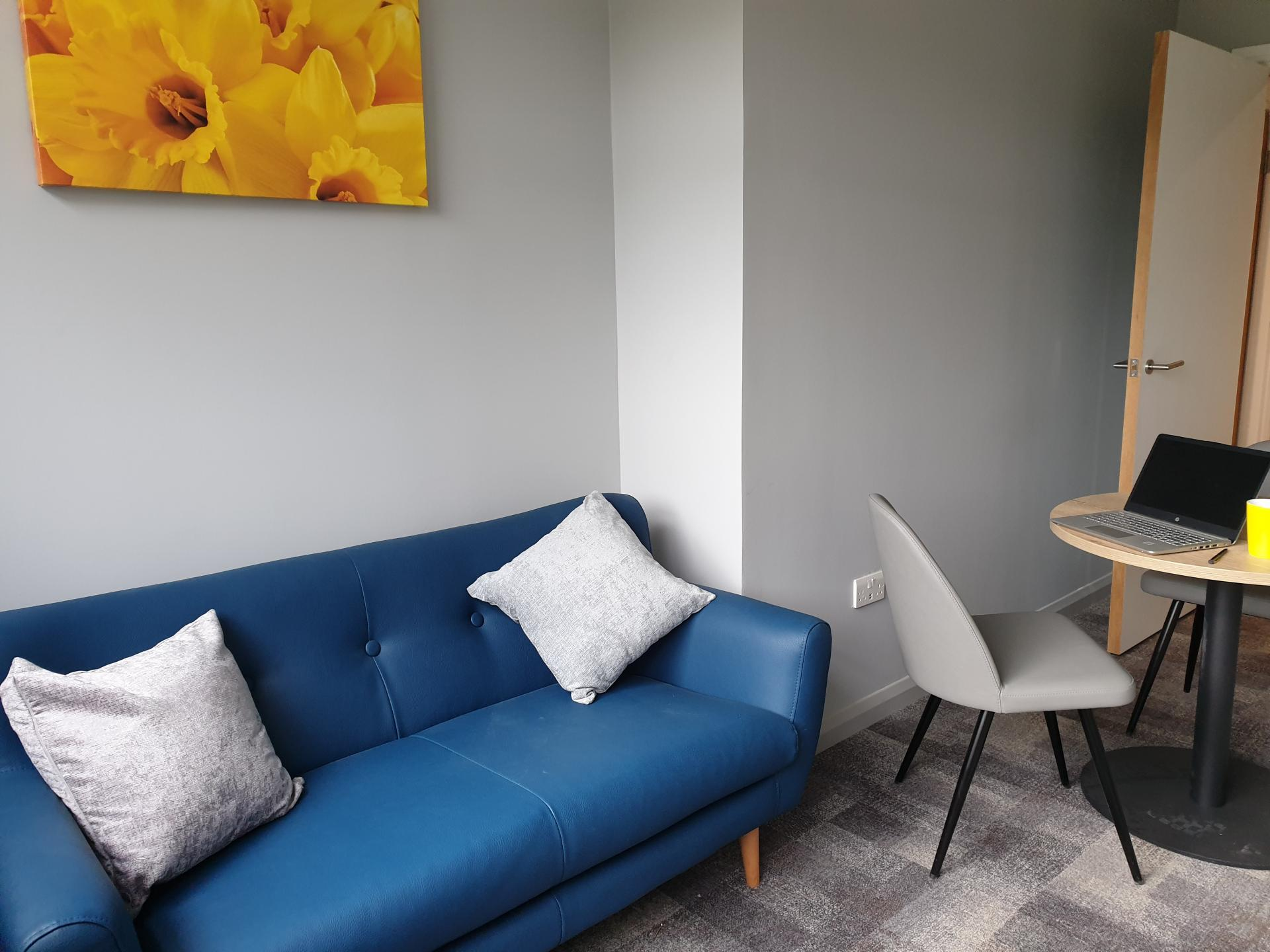 Living area at The Spires Cardiff, Centre, Cardiff - Citybase Apartments